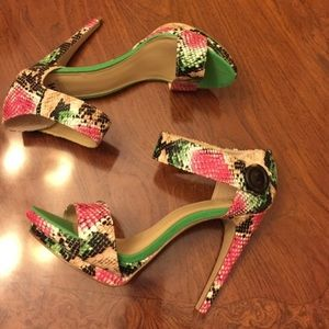 Floral Heels by Madison